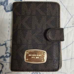 Michael Kors small snap wallet